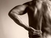 Избавиться от боли в пояснице в домашних условиях с помощью 5 простых упражнений из йоги