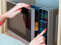 Микроволновка вредно или нет? Что на самом деле происходит при приготовлении пищи в микроволновой печи