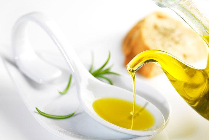 Светлое оливковое масло