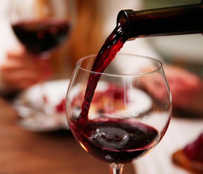 Злоупотребление алкоголем повышает давление